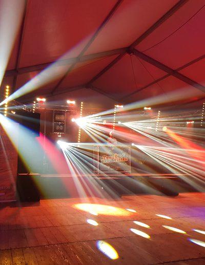 Jubileumfeest tentfeest door Rene Becker laten regelen met DJ